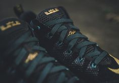 premium selection 51165 4ede4 Nike LeBron 12 Low
