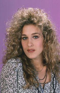 Bad '80s Beauty Trends - Embarrassing Eighties Hairstyles and Makeup Trends Makeup Trends, Beauty Trends, Hair Trends, 80s Trends, Headband Hairstyles, Trendy Hairstyles, Celebrity Hairstyles, Moda 80s, Medium Hair Styles