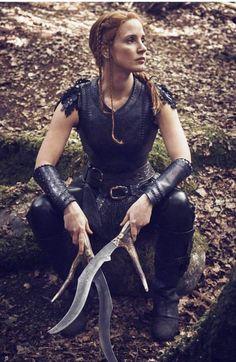 Jessica Chastain como Sara en  Las crónicas de Blancanieves: El cazador y la reina del hielo (2016)