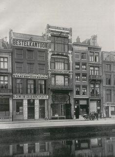 De vestiging van H. Drijfhout & Zoon's aan het Rokin te Amsterdam, rond 1935.