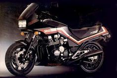 """The legendary CBX 750 F 1986, tends to be called in Brazil """"7 galo"""""""