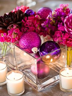 centerpieces with Christmas ornaments -- get on sale after Christmas!