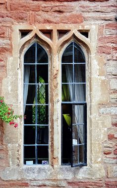 Fenêtres gothiques, Vicars' Close, Wells, Somerset, Angleterre, Royaume-Uni. | Flickr - Photo Sharing!