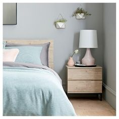 Modern bedroom lampshades large lamp shade white project home decorations ideas for birthday Modern Bedroom Furniture, Furniture Decor, Bedroom Decor, Bedroom Bed, Oak Bedroom, Furniture Outlet, Cheap Furniture, Wall Decor, Succulent Wall