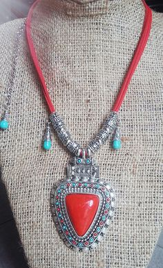 Boho necklace red & turquoise