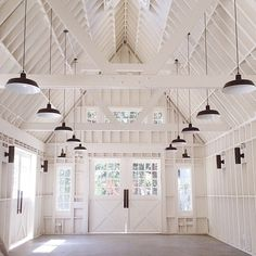 Lombardi House, Hollywood's newest wedding venue. Amazing barn/home interior in all-white with rows of barn pendants and sconces. Garage Studio, Barn Garage, Barn Living, Home Living, Home Design, Up House, House Party, White Barn, Black Barn