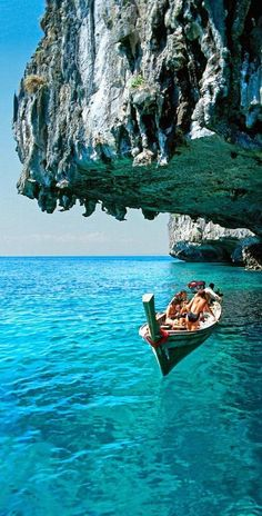 Koh Phi Phi Don ~ Thailand. Beautiful travel destinations around the world.