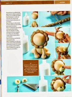 Kutani Porcelain China Key: 7825537107 in 2019 Fondant Figures, Fondant Cake Toppers, Jungle Theme Cakes, Safari Cakes, Cake Topper Tutorial, Fondant Tutorial, Cake Decorating Techniques, Cake Decorating Tips, Cupcake Cake Designs