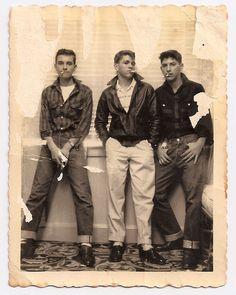 cool kids Post-Realism, Love the attitude Teddy Boys, Teddy Girl, Retro Mode, Mode Vintage, Vintage Men, Vintage Fashion, Vintage Levis, Beat Generation, Estilo Dandy