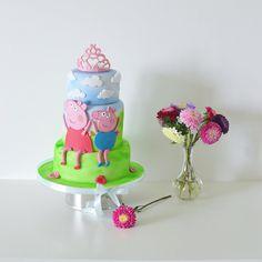 Peppa pig birthday cake for little princess