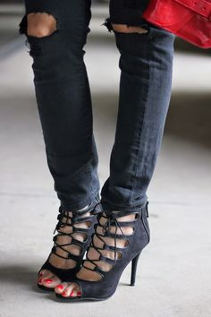 spanglish-fashion: PRIMARY COLORS