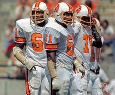 92d407b18fe Football Uniforms, School Football, Football Fans, Football Helmets, Nfl  Detroit Lions,