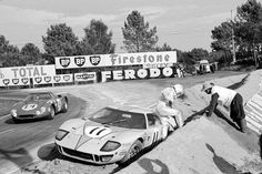Ford Gt40, Ford Mustang Car, Ford Company, Ford Motor Company, Vintage Race Car, Vintage Auto, Course Automobile, Shelby Car, Le Mans 24