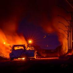 #fusca #vw #fire #milkyway #nightshot #photo #photowall #phototag_it #photochallenge #instaphoto #volkswagen by dantelaurinijr