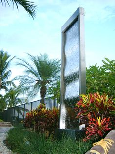 Water Features, Fountains, and Waterfalls : Indoor and Outdoor Free Standing and Wall Mounted Water Walls and Waterfall Fountains