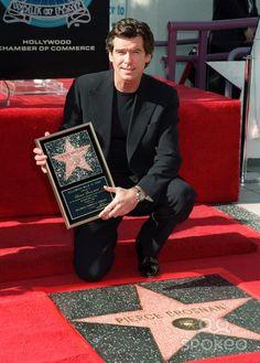 Pierce at the Walk of Fame. Pierce Brosnan 007, Dwane Johnson, Ill Always Love You, James Bond Movies, Handsome Actors, Hollywood Walk Of Fame, Clint Eastwood, Pretty Men, Leonardo Dicaprio