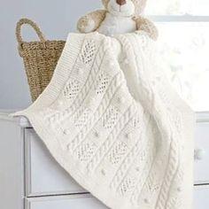 Вязание для мам и малышей (@1001.petelka) • Фото и видео в Instagram Blanket, Bed, Home, Stream Bed, Ad Home, Blankets, Homes, Beds, Cover