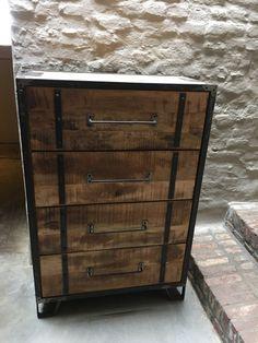 Stoere landelijke houten ladekast ladenkast industrieel stoer ...