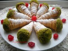 hülyalı lezzetler: Torpil Veya Külah Pasta