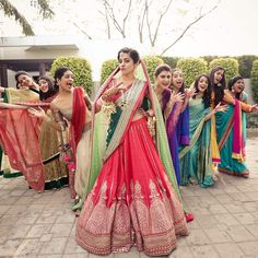 """""""You and your squad on your wedding day ? Tag them below ;) 