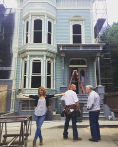 """candacecbure: """"They are building the Full(er) House house on the Warner Brother's back lot! Welcome to my home """""""