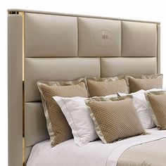 The Montgomery bed comes from Fendi Home,Italy luxury furniture brand.This fabric bed has the character of Italy furniture style:simple but luxury.