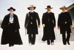 Kurt Russell - Wyatt Earp Val Kilmer - Doc Holliday Sam Elliott - Virgil Earp Bill Paxton - Morgan Earp Tombstone (1994)