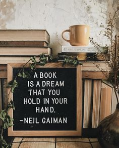 I love this books and coffee aesthetic with a Neil Gaiman book quote - Book and Coffee George Orwell, I Love Books, Books To Read, My Books, Free Books, Quotes For Book Lovers, Book Quotes, Haruki Murakami Livres, Neil Gaiman Quotes