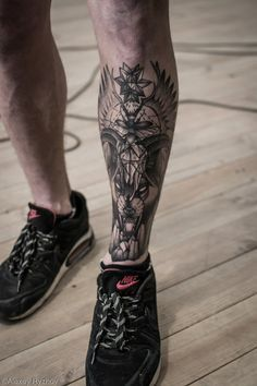 14 Amazing Leg Tattoos you should try - DarlingNaija Band Tattoos, Best Leg Tattoos, Neue Tattoos, Stomach Tattoos, Leg Tattoo Men, Dream Tattoos, Badass Tattoos, Arm Band Tattoo, Body Art Tattoos