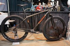 NAHBS 2013: Applemans Italian Themed Roadie  Wood Inlay Carbon 29  Fat Bike #fatbike #bicycle
