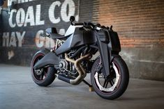While Keanu Reeves's 47 Ronin wasn't exactly good, this custom-made bike which nods to its title looks amazing. Ronin Motor Works' limited-edition bike is Buell Motorcycles, Concept Motorcycles, Cool Motorcycles, Indian Motorcycles, Vintage Motorcycles, Moto Bike, Motorcycle Bike, Women Motorcycle, 47 Ronin