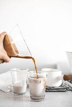 medjool date & vanilla bean café au lait de coco #coffee #coco #latteart www.vainpursuits.com