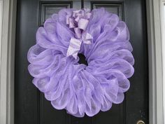 Image result for how to make deco mesh and flowers spring wreath Wreaths For Sale, How To Make Wreaths, Diy Spring Wreath, Spring Crafts, Mesh Wreath Tutorial, Fall Floral Arrangements, Lavender Wreath, Valentine Wreath, Valentines