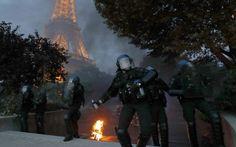 Σε κρίσιμη κατάσταση αστυνομικός μετά από επίθεση με μολότοφ στο Παρίσι