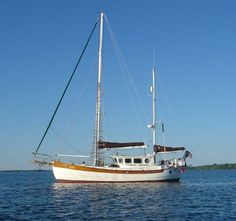 Hans Christian boats for sale Yatch Boat, Sailboat Yacht, Pilothouse Boat, Trawler Yacht, Boat Pics, Classic Sailing, Wooden Boat Building, Plywood Boat, Float Your Boat