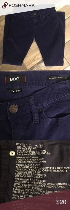 BDG Pants Super cute, blueberry/navy, soft corduroy, size 27, like new Urban Outfitters Pants Ankle & Cropped