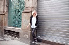 cocorosa / When sneakers are a little bit different //  #Fashion, #FashionBlog, #FashionBlogger, #Ootd, #OutfitOfTheDay, #Style