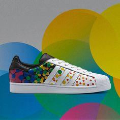 O adidas Originals Superstar da linha Pride (Foto: Divulgação)