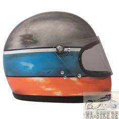 DMD - Caschi per moto design Motorcycle Helmet Design, Cafe Racer Helmet, Motorcycle Style, Motorcycle Gear, Motorcycle Fashion, Retro Helmet, Vintage Helmet, Riding Gear, Riding Helmets