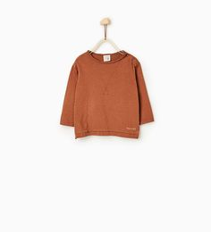 Image 2 of Oversized triangular top from Zara