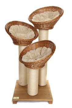 New Tigga Lilly Cat scratching tower including three great wicker cat basket beds.