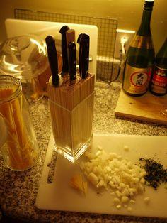 Wood skewers in a square vase - brilliant DIY knife block! Imagine shorter ones for your favourite paring (etc) knives...!