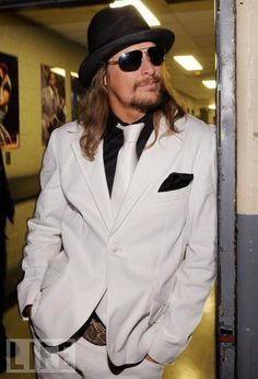 Kid Rock- oh yeah, I am in love!!