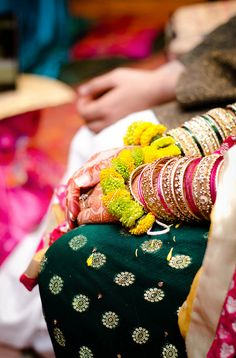 Dulhan Bride Indian Pakistani Desi Wedding Bangles Dulha Groom Henna Mehndi