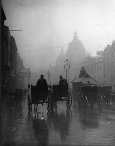Hahnemuhle PHOTO RAG Fine Art Paper (other products available) - Hansom cabs drive through overcast streets on a rainy day in London. (Photo by F J Mortimer/Getty Images) - Image supplied by Fine Art Storehouse - Fine Art Print on Paper made in the UK Victorian London, Vintage London, Victorian Era, Victorian Street, London 1800, Victorian Vampire, Victorian Hair, Victorian Pattern, Victorian Terrace