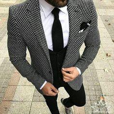 2018 Brand Style Suits Men Black White Floral Pattern Men Suit Slim Fit Groom Tuxedo 3 Piece Custom Prom Blazer Terno Masculino Pothead is part of Suit fashion - Mens Fashion Suits, Mens Suits, Suit Men, Slim Suit, Groomsmen Fashion, Groomsmen Suits, Fashion Menswear, Mode Masculine, Men's T Shirts