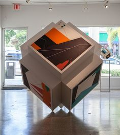 Anti Gravity was an installation at HW Gallery in Naples, FL from January to October 2016. Commissioned by the gallery, it stood at over six feet and majestically balanced on three points. This is Ennis's first large installation and is now available as the collection of its six individual paintings. Contact HW Gallery for more information: +1 (239) 263-6640
