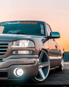 Chevy Trucks Lowered, Custom Chevy Trucks, Jacked Up Trucks, Chevrolet Trucks, Gmc Trucks, Cool Trucks, Single Cab Trucks, Customised Trucks, Lowrider Trucks
