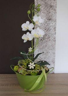Orchideengesteck, Gesteck in weiß-grün