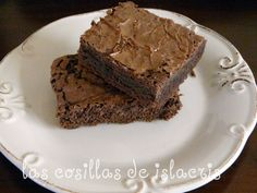 Brownie de chocolate  http://www.islacris.com/2012/02/brownie-de-chocolate.html